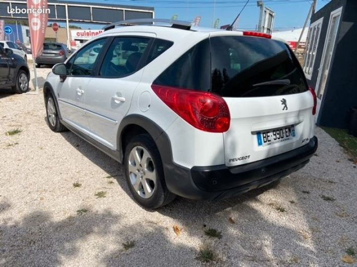 Peugeot 207 SW 1.6 hdi 110 cv outdoor Blanc Occasion - 4
