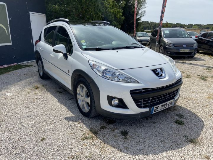 Peugeot 207 SW OUTDOOR Blanc  Occasion - 2