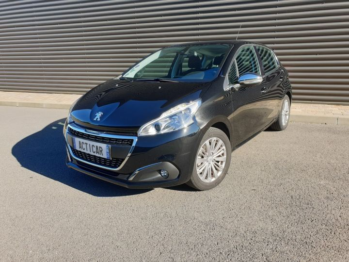 Peugeot 208 1.2 110 allure 5 pts Noir Occasion - 1