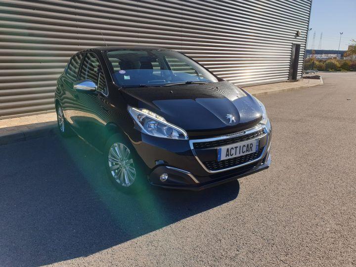 Peugeot 208 1.2 110 allure 5 pts Noir Occasion - 2