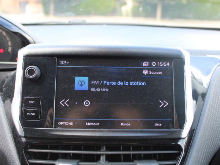 Peugeot 208 1.2 PURETECH 110CH S&S BVM5 Allure Gris - 21