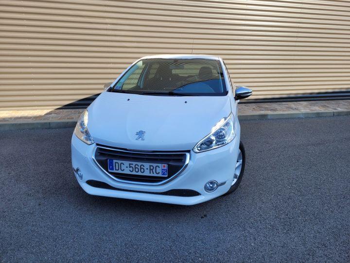 Peugeot 208 1.2 vti 82 envy 5p Blanc Occasion - 4