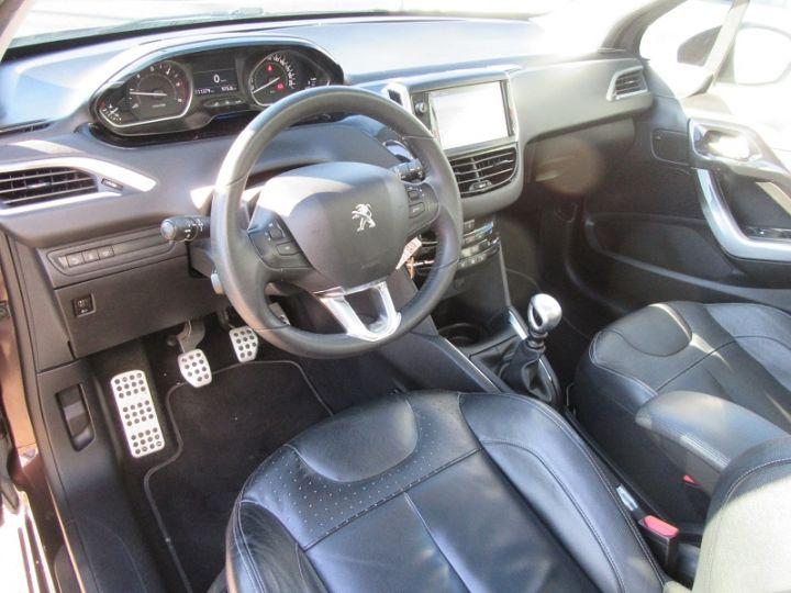 Peugeot 208 1.6 E-HDI115 FAP ICE VELVET 3P Bordeau Occasion - 2