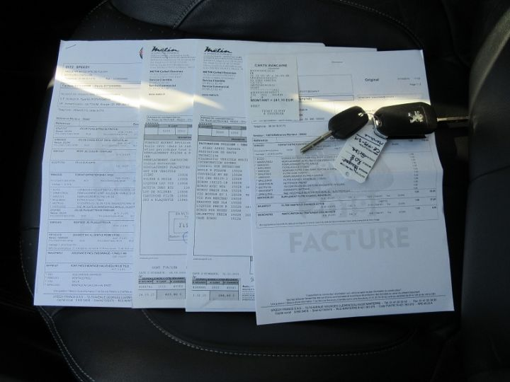 Peugeot 208 1.6 E-HDI115 FAP ICE VELVET 3P Bordeau Occasion - 18