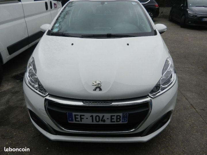 Peugeot 208 1,6L BlueHDi 100 PACK CLIM NAV.BVM5  - 5
