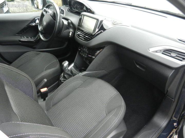 Peugeot 208 Allure Business BlueHDi 75 S&S BVM5 garantie 12 mois Gris - 2