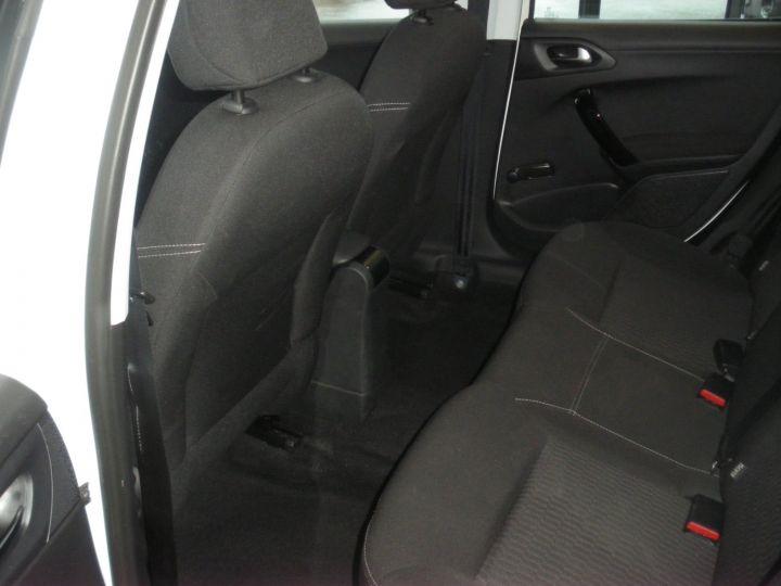 Peugeot 208 HDI 100 CV blanc - 5