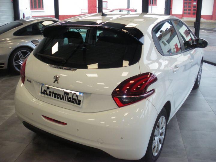 Peugeot 208 HDI 100 CV blanc - 6