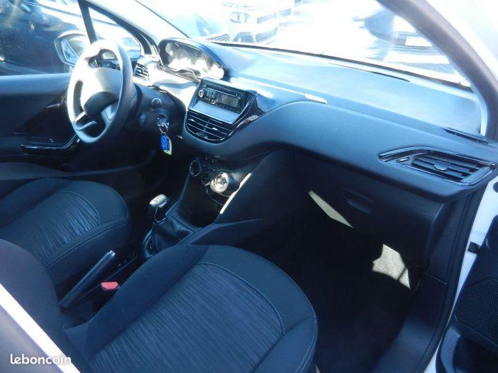 Peugeot 208 société pack cd clim 1.4 hdi 70cv bvm5 e  - 3