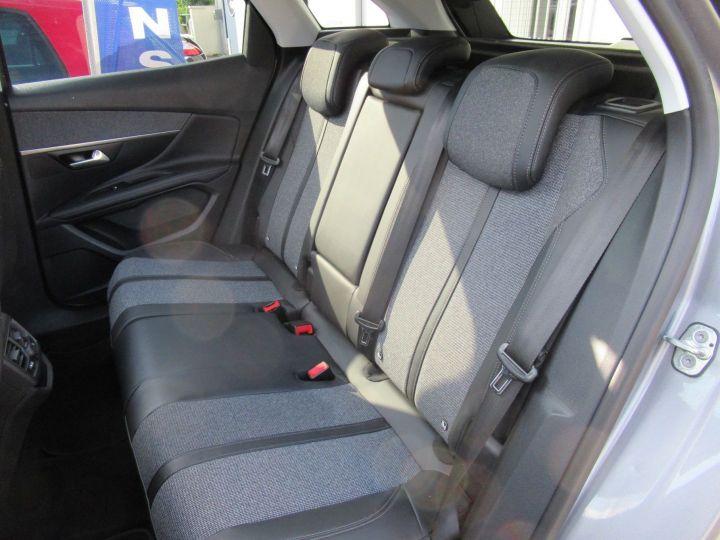 Peugeot 3008 1.5 BLUEHDI 130CH E6.C ALLURE S&S Gris - 11