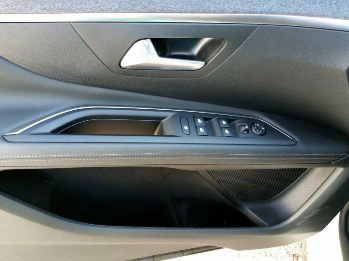 Peugeot 3008 1.5 BlueHDi130 Allure EAT8 GT-LINE 01/2020 Blanc métal  nacré  - 12
