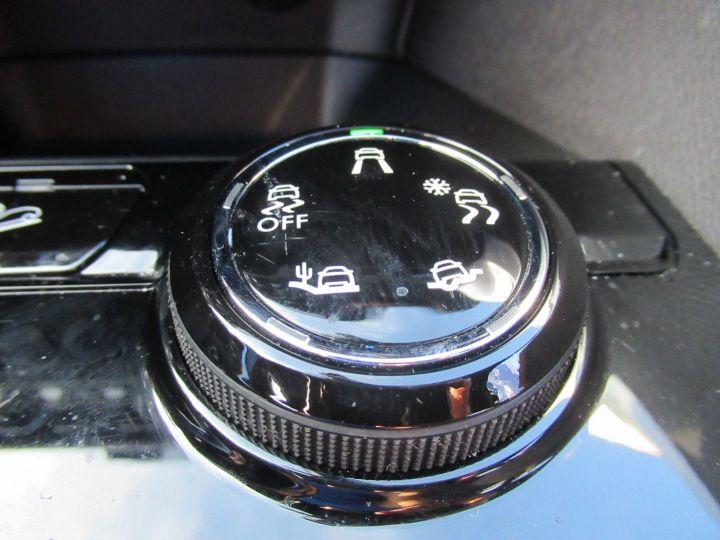 Peugeot 3008 1.6 BLUEHDI 120CH GT LINE S&S EAT6 Gris Fonce - 16