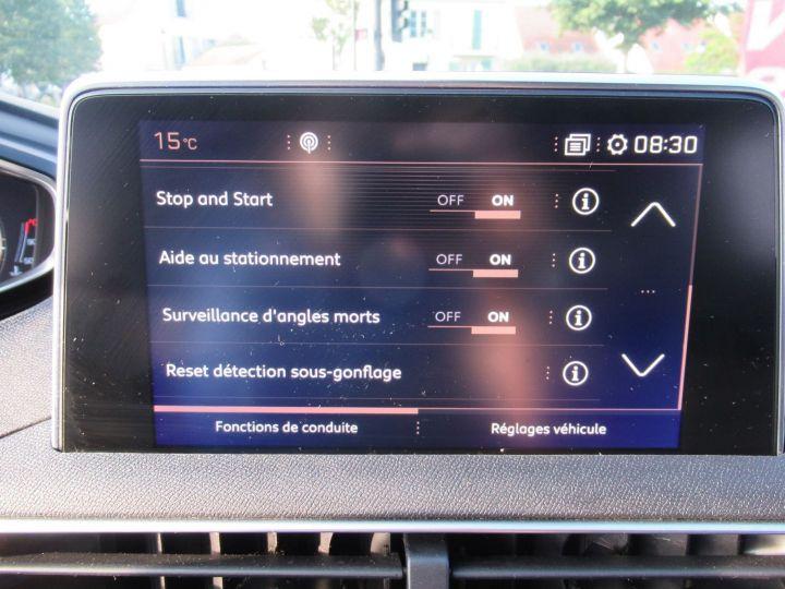 Peugeot 3008 1.6 BLUEHDI 120CH GT LINE S&S EAT6 Gris Fonce - 17