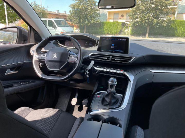 Peugeot 3008 BLUEHDI 130CH S&S BVM6 Allure Business Gris - 11