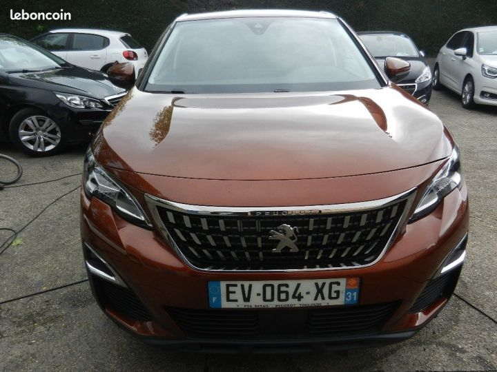 Peugeot 3008 SUV Active Business BlueHDi 130 S&S BVM6, Active Business GARANTIE 12 MOIS Marron - 1