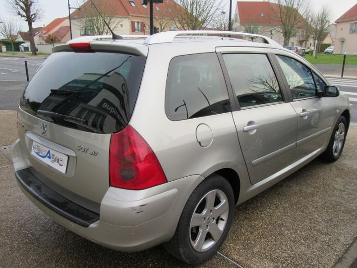 Peugeot 307 SW 2.0 HDI110 GRIFFE Gris Clair Occasion - 7