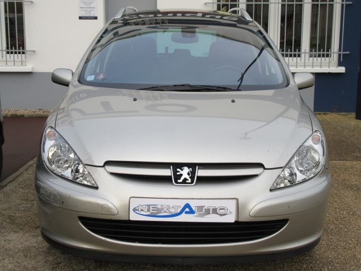 Peugeot 307 SW 2.0 HDI110 GRIFFE Gris Clair Occasion - 9