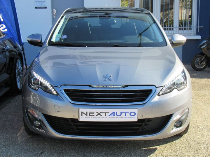 Peugeot 308 1.2 PURETECH 130CH FELINE S&S EAT6 5P Gris Clair - 6