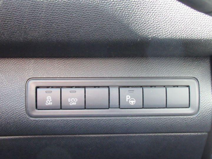 Peugeot 308 1.2 PURETECH 130CH FELINE S&S EAT6 5P Gris Clair - 19