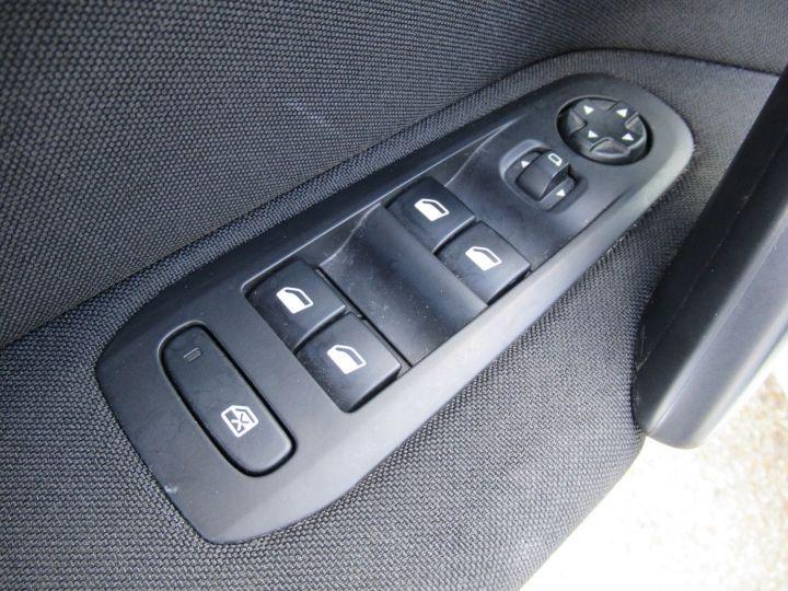 Peugeot 308 1.6 BLUEHDI 100CH S&S PACK CLIM NAV Blanc - 11