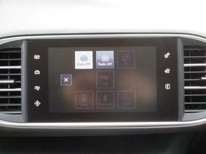Peugeot 308 1.6 BLUEHDI 100CH S&S PACK CLIM NAV Blanc - 18
