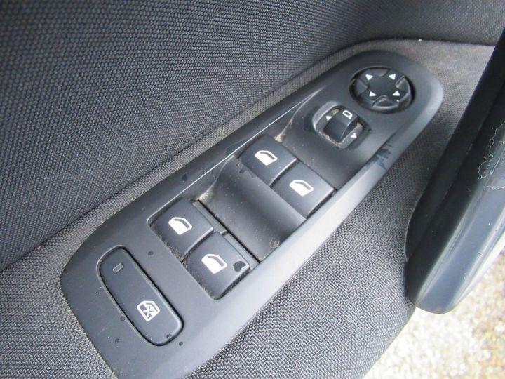Peugeot 308 1.6 BLUEHDI 100CH S&S PREMIUM PACK Blanc - 13