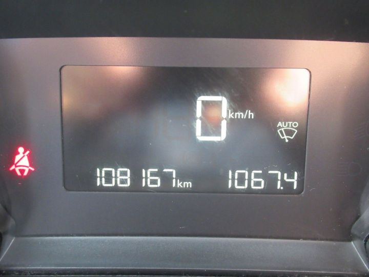 Peugeot 308 1.6 BLUEHDI 100CH S&S PREMIUM PACK Blanc - 18