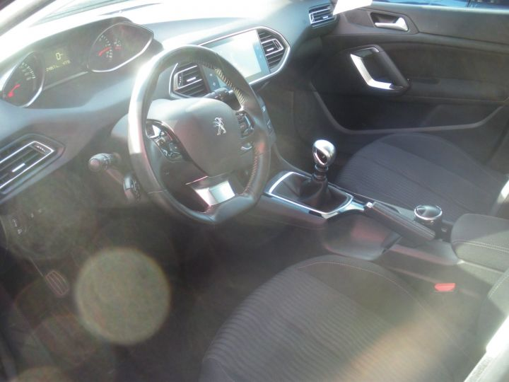 Peugeot 308 1.6 BlueHDi 120 120cv  ACTIVE BUSINESS NOIR - 3