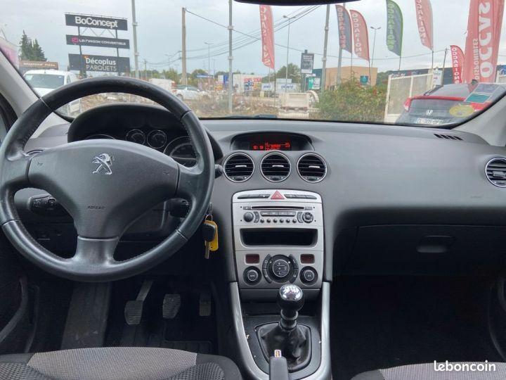 Peugeot 308 1.6 e-hdi 112 cv Gris Occasion - 5