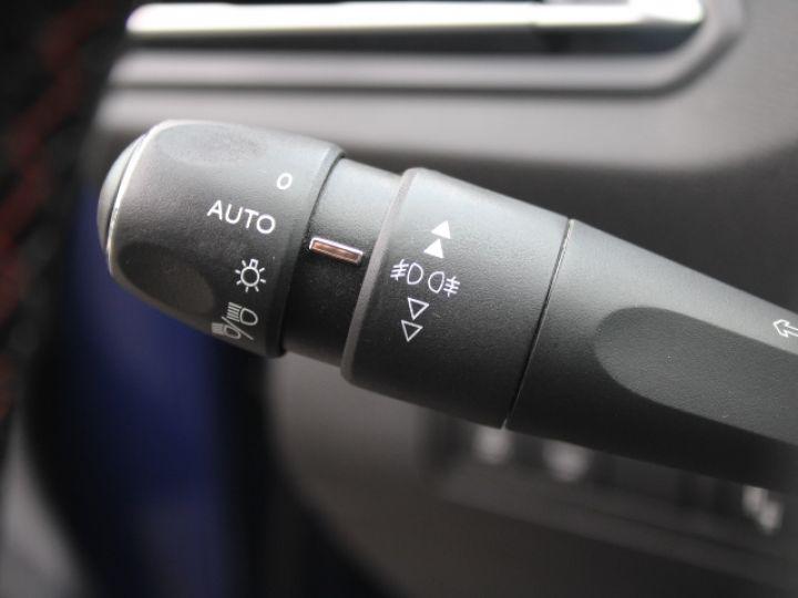 Peugeot 308 2.0 BLUEHDI 150CH S&S EAT6 GT Line Bleu - 19