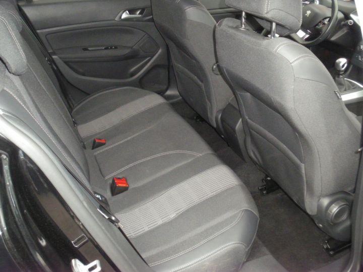 Peugeot 308 II 1.5 BlueHDi 130 1499 130cv ALLURE NOIR - 8