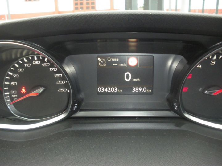 Peugeot 308 II 1.5 BlueHDi 130 1499 130cv ALLURE NOIR - 13