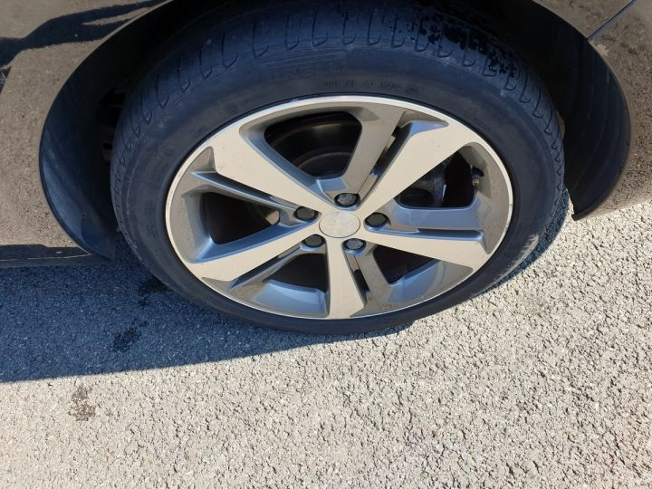 Peugeot 308 SW 2 ii 2.0 bluehdi 150 feline bv6 Noir Occasion - 16