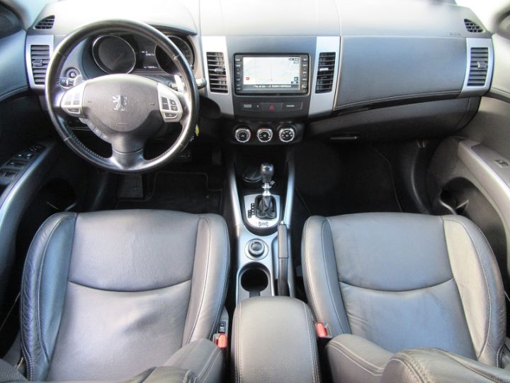 Peugeot 4007 2.2 HDI 156CH 16V FAP DRIVETECH DCS6 NOIR Occasion - 8
