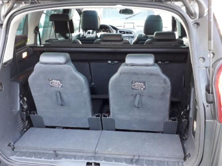 Peugeot 5008 2.0 HDI 163 PREMIUM PACK BVA 7 PL  - 9