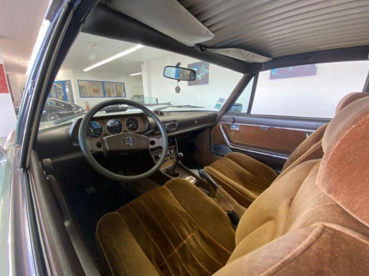 Peugeot 504 2L INJECTION Vert - 10