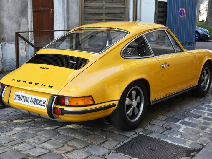 Porsche 911 2.4 S état Concours Jaune Signal - 4