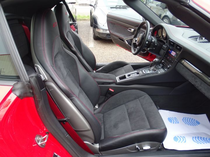Porsche 911 991 GTS MK2 450PS 3.0L FULL Options  rouge carmin - 10