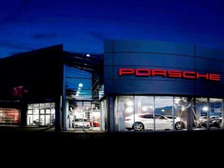 Porsche 911 (992) COUPE 3.0 450 CARRERA  PDK8 04/2019 noir métal - 11