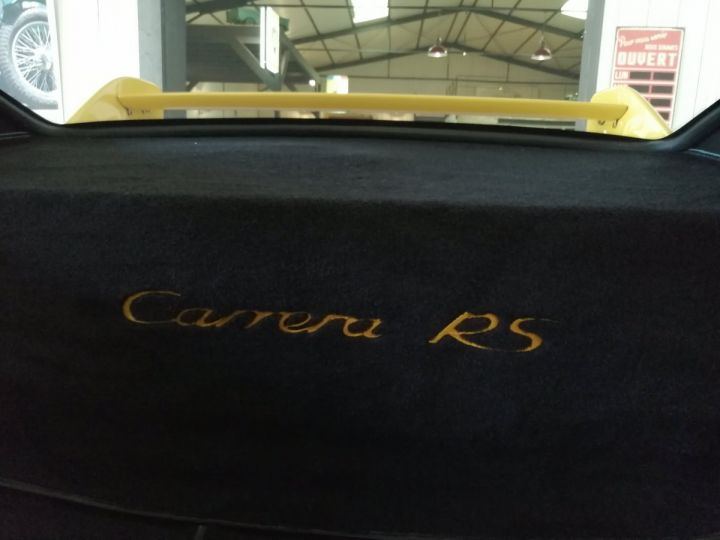 Porsche 911 993 CARRERA RS 3.8 300 CV CLUBSPORT Jaune - 17