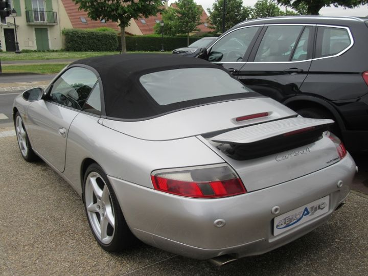 Porsche 911 (996) 300CH CARRERA 4 BV6 Gris Clair Occasion - 5