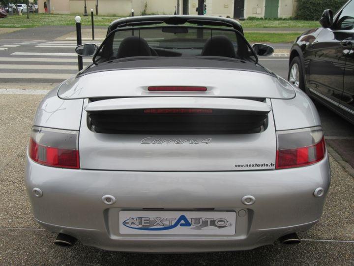 Porsche 911 (996) 300CH CARRERA 4 BV6 Gris Clair Occasion - 18