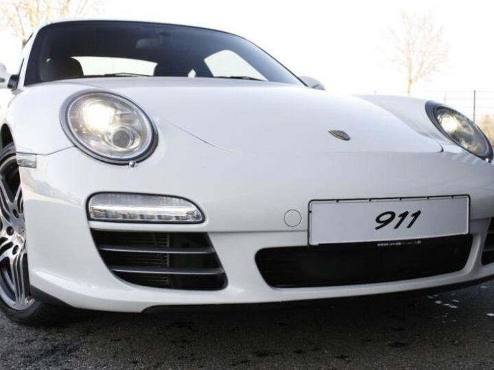 Porsche 911 997 4S  blanc - 2