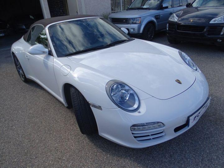 Porsche 911 997 4S Cabriolet MK2 PDK 3.8L 385PS/ PCM Jtes 19 Turbo  PASM Bi Xénon Blanc carrera nacré - 4