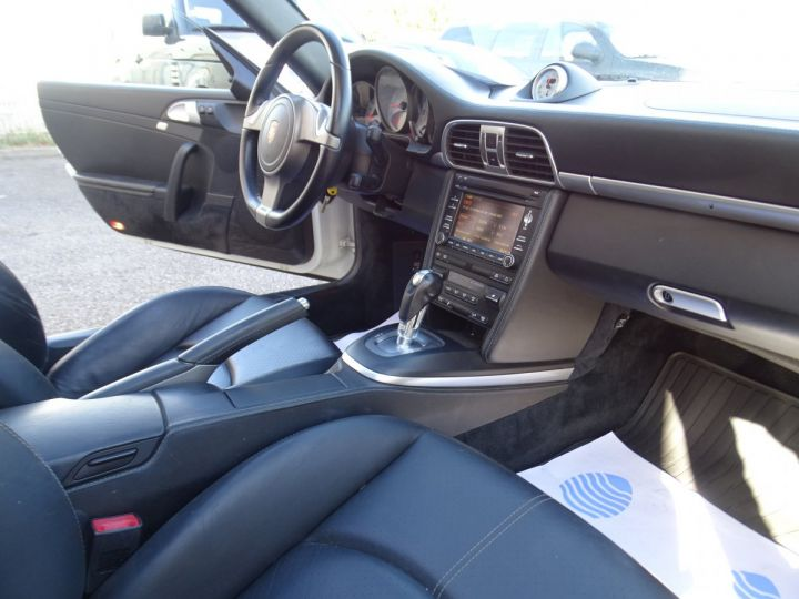 Porsche 911 997 S 3.8L 385PS PDK/PACK CHRONO + TOE BIXENON CD S.SPORT PACK CUIR REGULATEUR DE VITESSE blanc nacré - 14