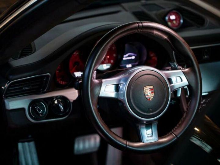 Porsche 911 Carrera 4S Prune Peinture métallisée - 4