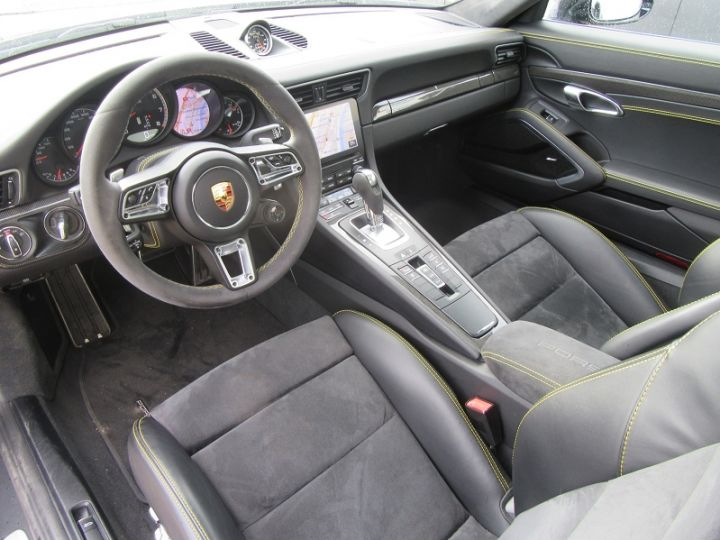 Porsche 911 COUPE (991) 3.8 580CH TURBO S PDK Gris Mat Occasion - 2