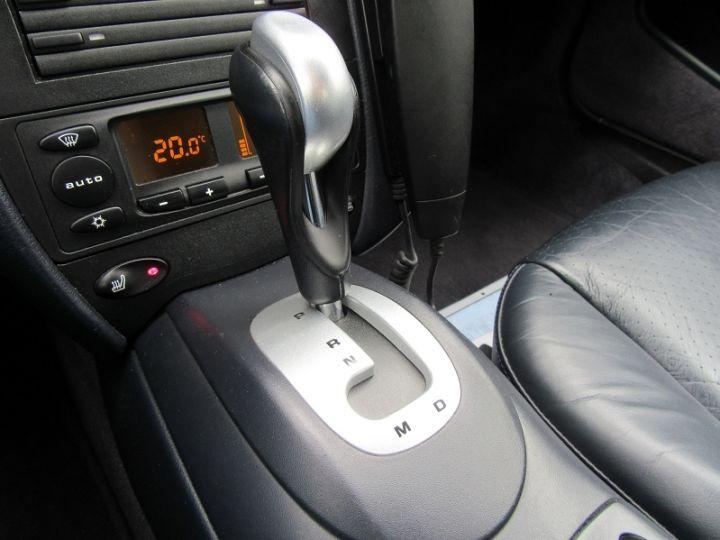 Porsche 911 COUPE (996) 320CH CARRERA TIPTRONIC S Gris Clair Occasion - 18
