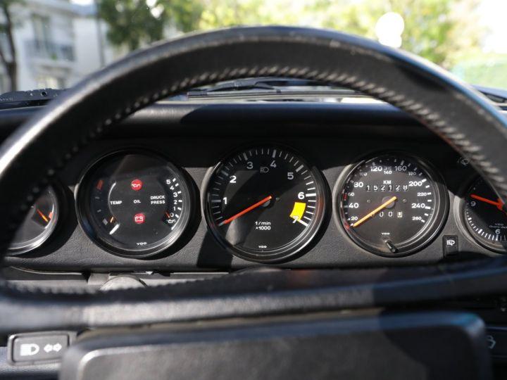 Porsche 911 PORSCHE 911 CARRERA CABRIOLET 3.2 231CV Blanc - 23