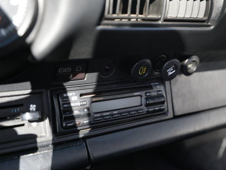 Porsche 911 PORSCHE 911 CARRERA CABRIOLET 3.2 231CV Blanc - 24